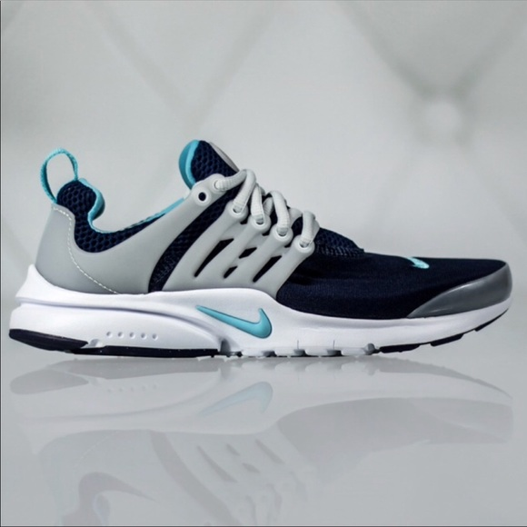 the best attitude 01c43 a6eec New Women's Nike Presto Shoes Sz 6 youth NWT
